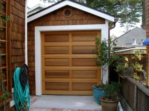 Garage_garage_door_wood