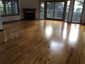 LivingRoom_floor_refinish_hardwood_floor